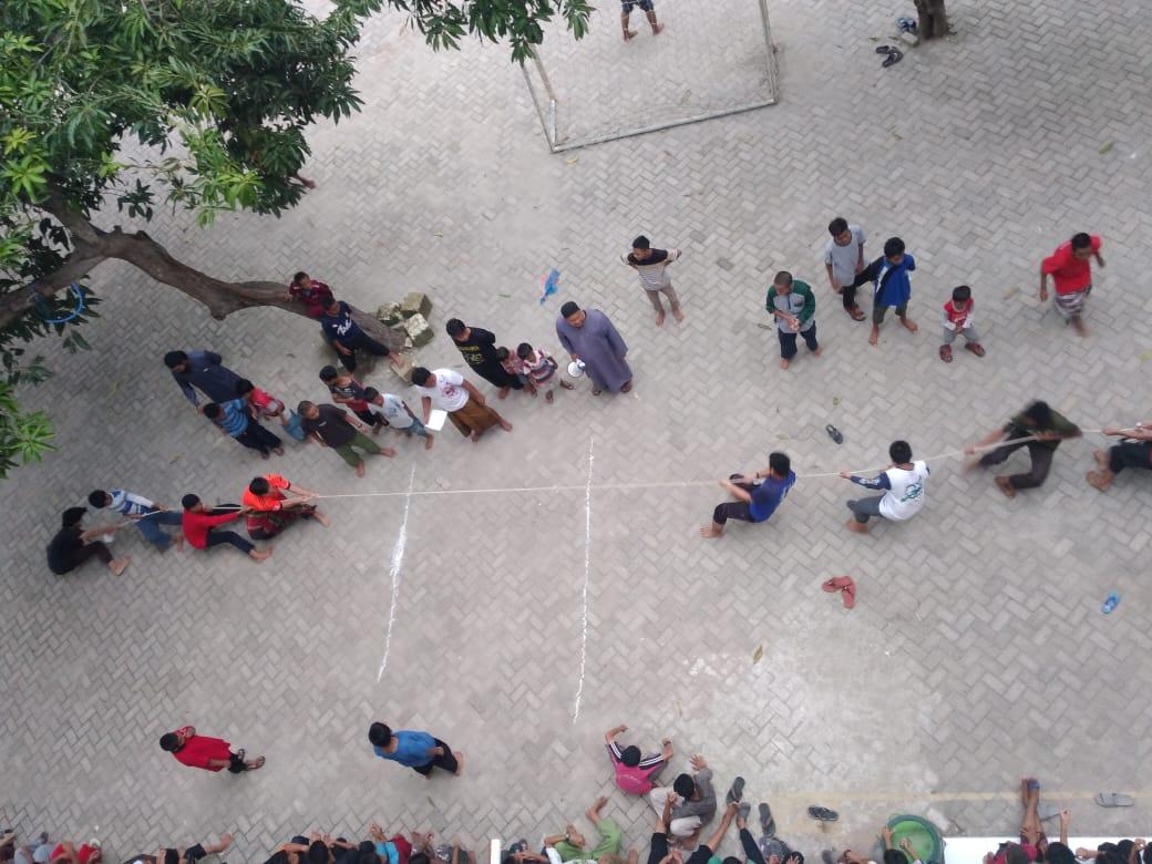 Lomba Tarik Tambang (KTS Sem. 1)